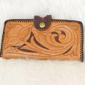 Vintage Tooled Leather Wallet Change Purse